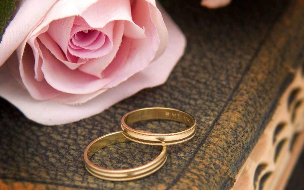 Фото с поздравлением на кожаную свадьбу