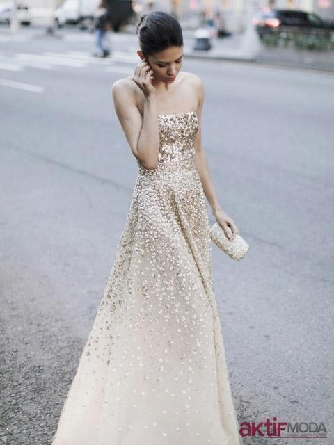 Altın Rengi Kır Düğünü Elbise Modeli