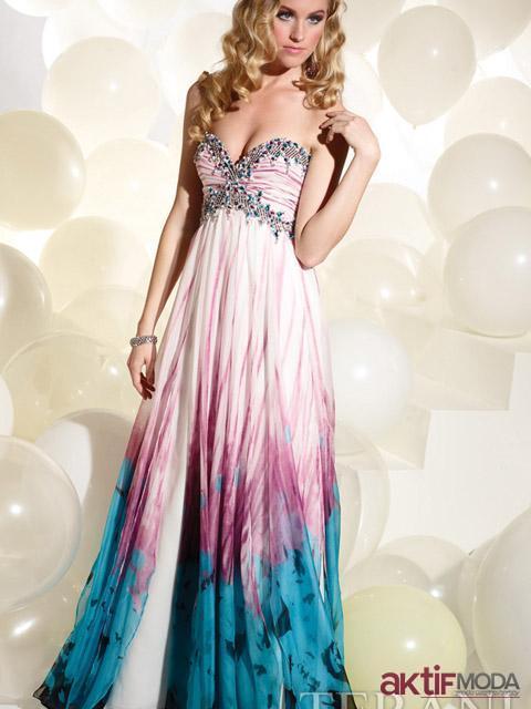 Renkli Taşlı Kır Düğünü Elbise Modeli