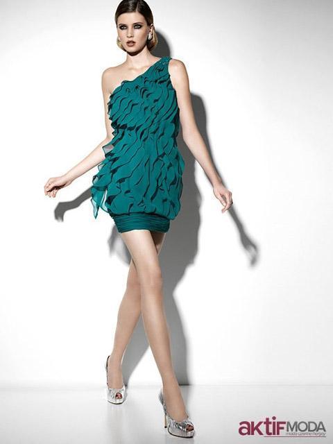Tek Omuz Kır Düğünü Elbise Modeli