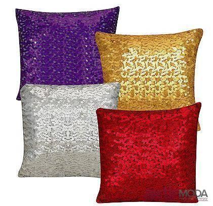 Dekoratif Parlak Yastık Modelleri