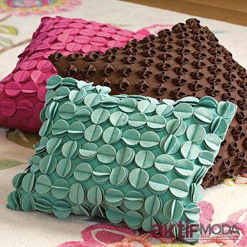 Dekoratif Yapraklı Yastık Modelleri
