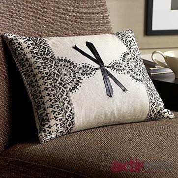 Dekoratif Yastık Modeli