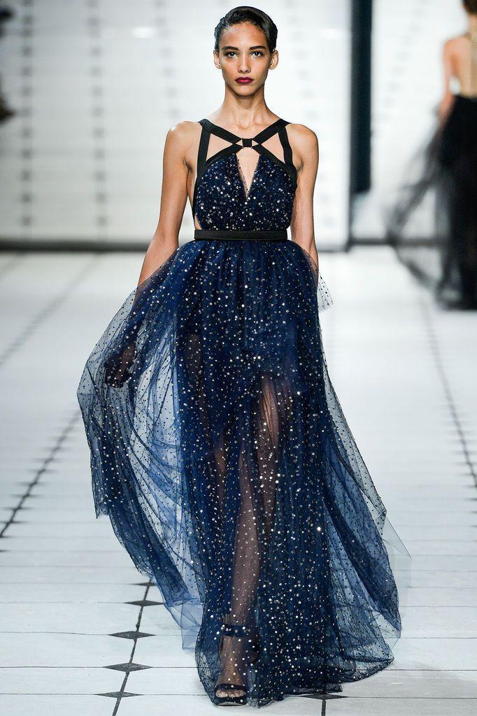 Simli Gece Elbisesi Modelleri