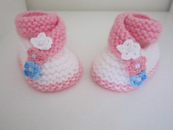 Şişle Kız Bebek Patiği Modelleri