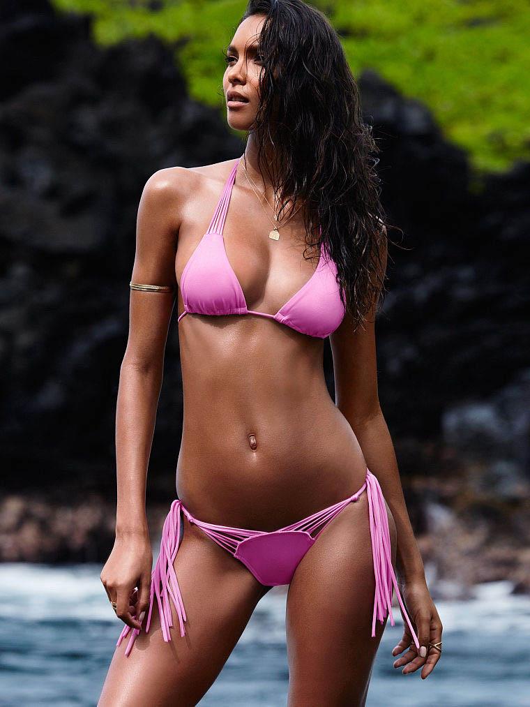 2015 Bikini Facebook