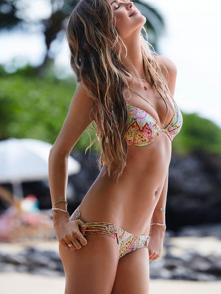 2015 Bikini Resmi