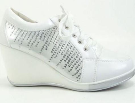 Topuklu Spor Ayakkabı Modası 2018