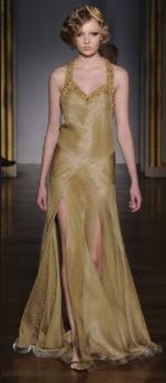 Altın İşlemeli Elbiseler