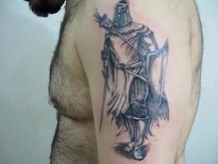 Erkek Omuz Dövmeleri