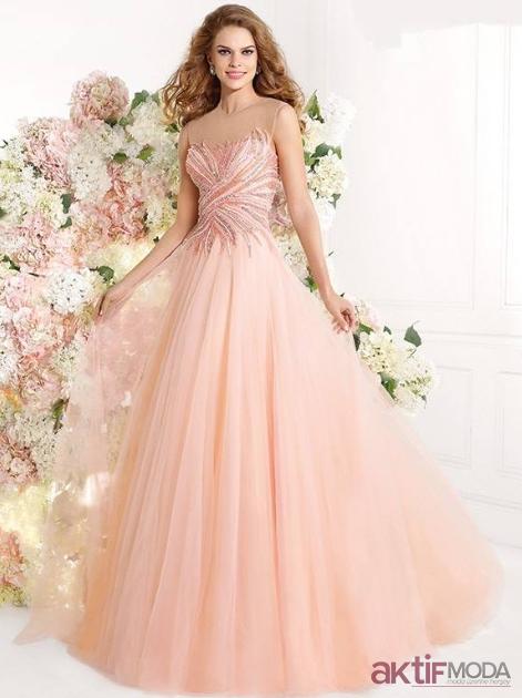 Pudra Nişanlık Elbise Modelleri
