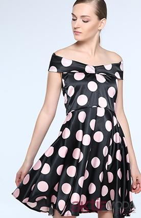 Pudra Puantiyeli Elbise Modelleri