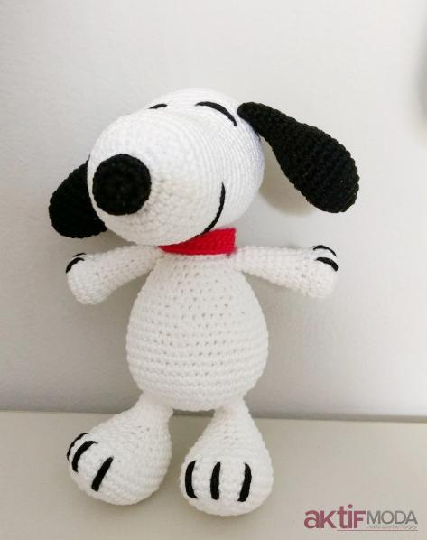 Büyük Amigurumi Snoopy Modelleri