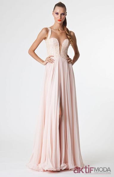 Göğüs Dekolteli Abiye Elbise Modelleri