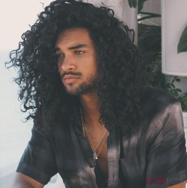 Kıvırcık Uzun Erkek Saç Modelleri