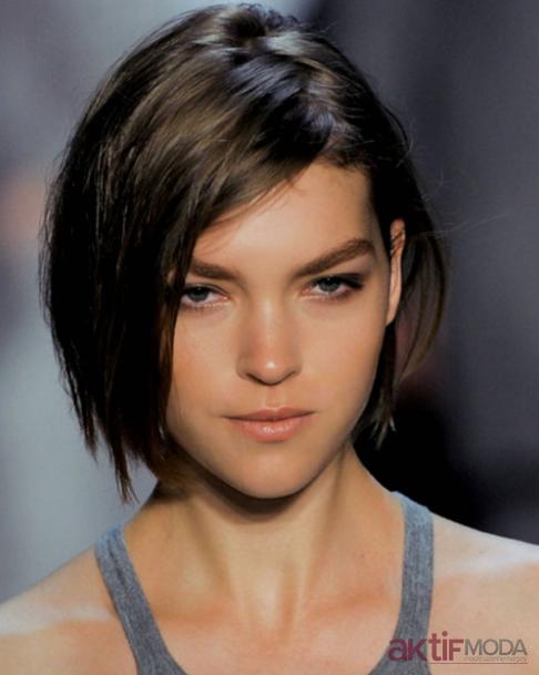 Asimetrik Kısa Saç Modelleri