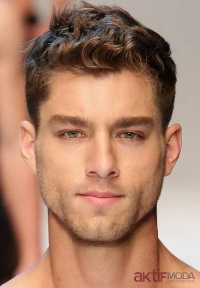 Dalgalı Erkek Saç Modelleri 2019