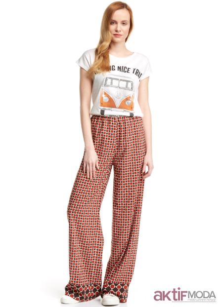 Kırmızı Bol Kesim Pantolon Modelleri 2019
