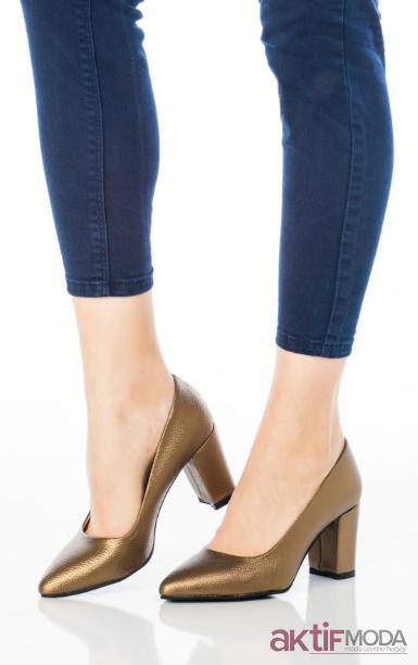 Parlak Kadın Deri Ayakkabı Modelleri 2019