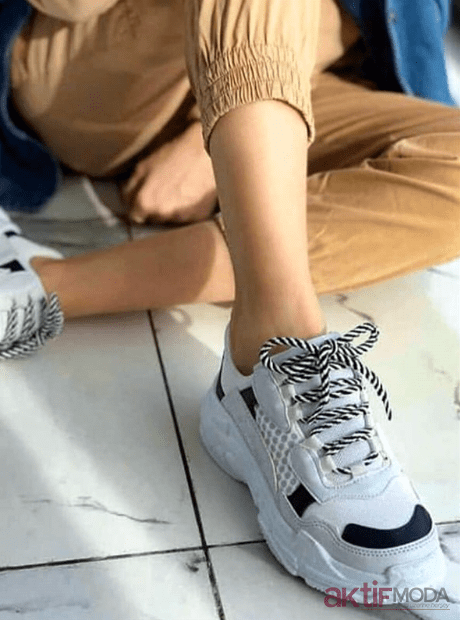 2019 Kadın Dolgu Topuklu Spor Ayakkabı Modelleri