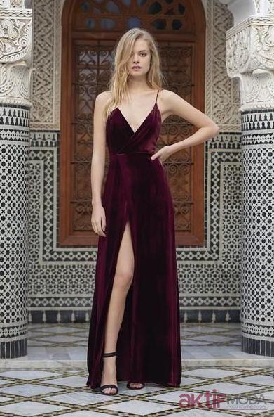Bordo Dekolteli Kadife Elbise Modelleri 2019