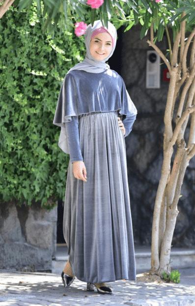 Gümüş Kadife Pelerinli Tesettür Elbise Modelleri
