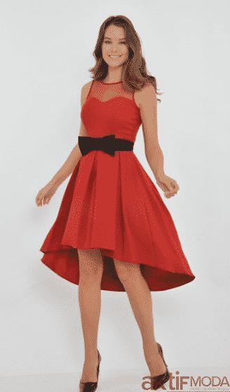Fiyonklu Kırmızı Elbise