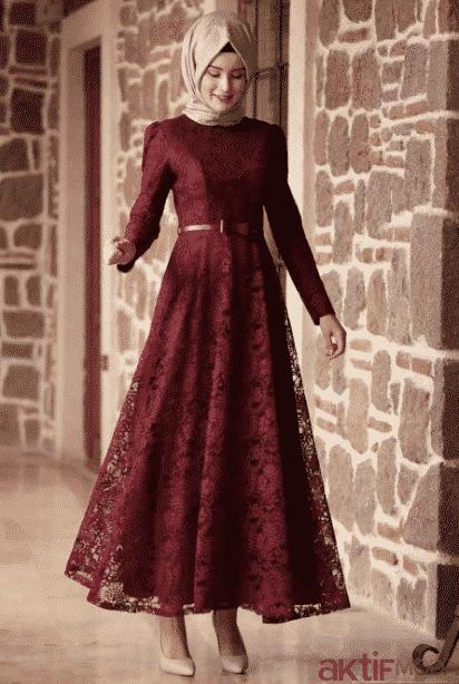 Kırmızı Dantelli Elbise Modelleri 2020