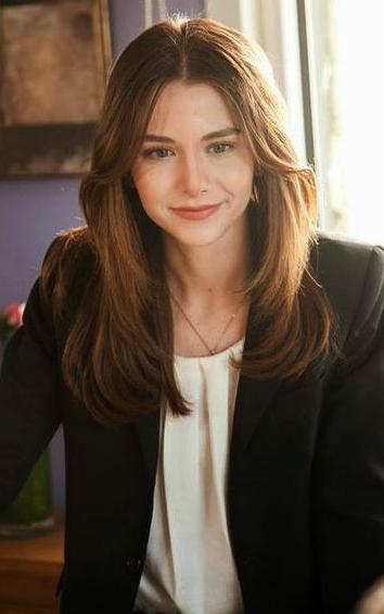 Ezgi Asaroğlu Saç Rengi Modelleri